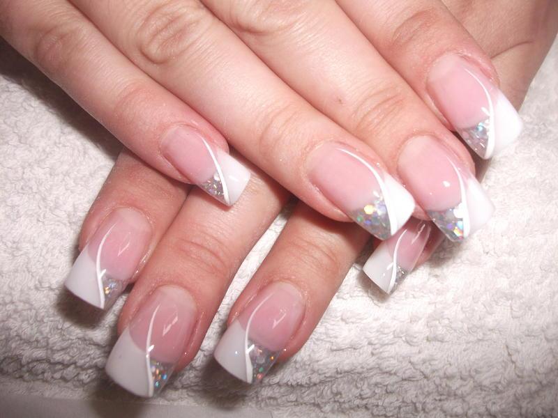 Нарощенные ногти с маникюром 42