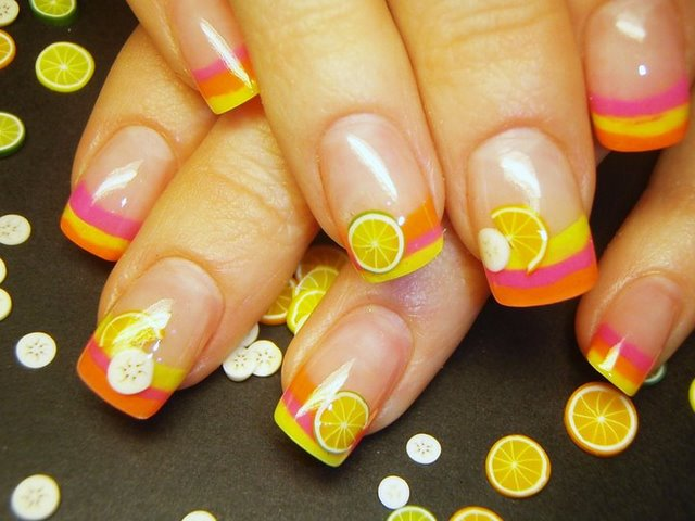 Нарощенные короткие ногти френч дизайн 67