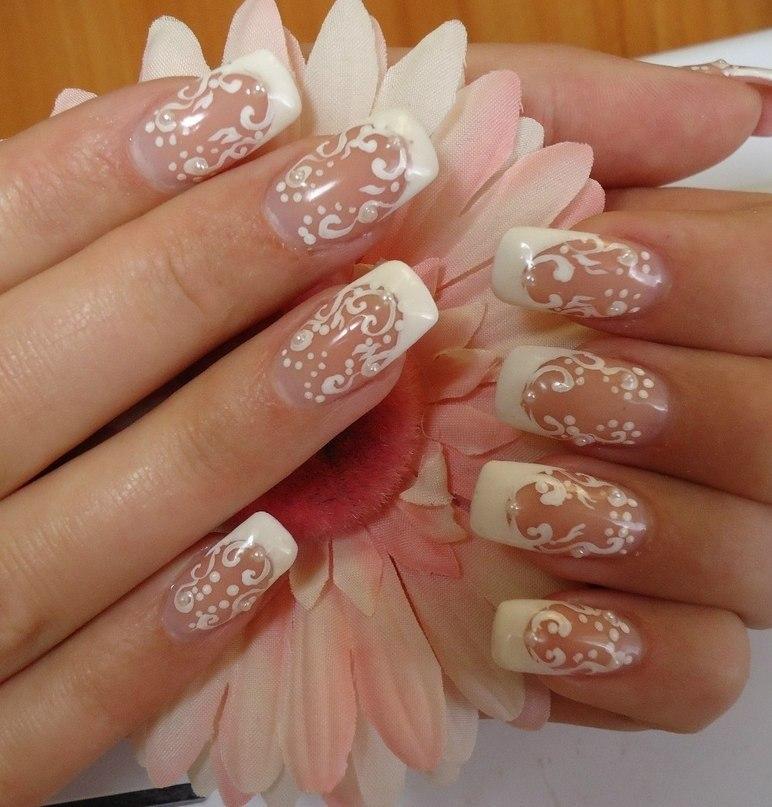Свадебный рисунок на ногтях френч