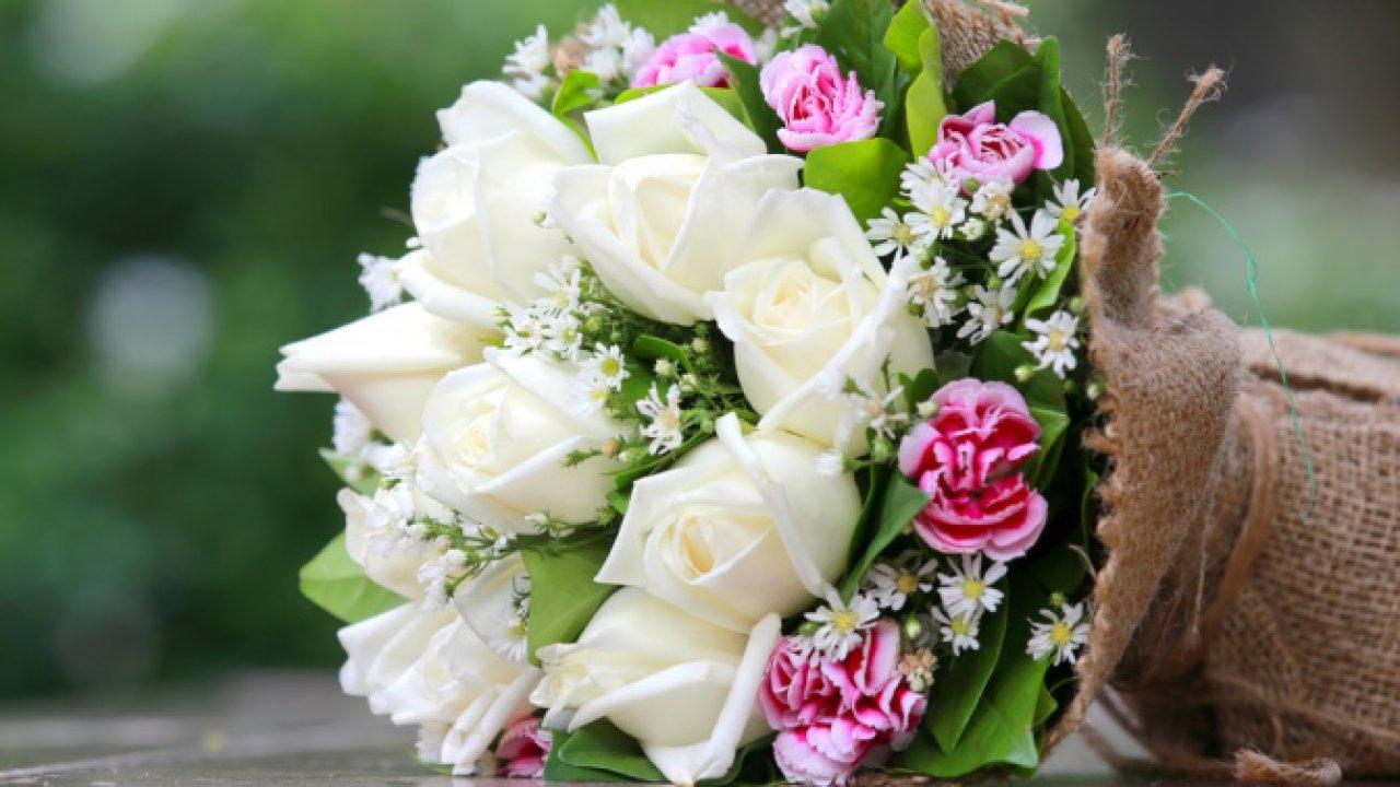 Фото букетов из цветов для девушки 30 лет